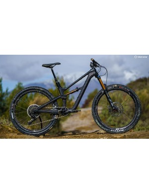 The new Canyon Spectral WMN has women's specific geometry