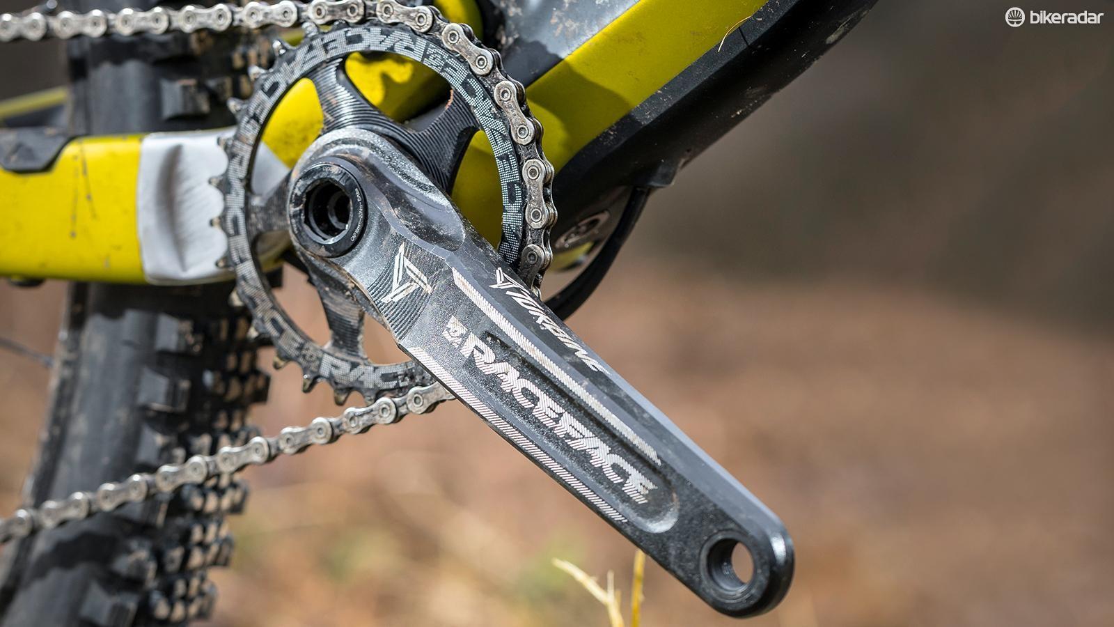 The bike has a RaceFace Turbine 30t crankset
