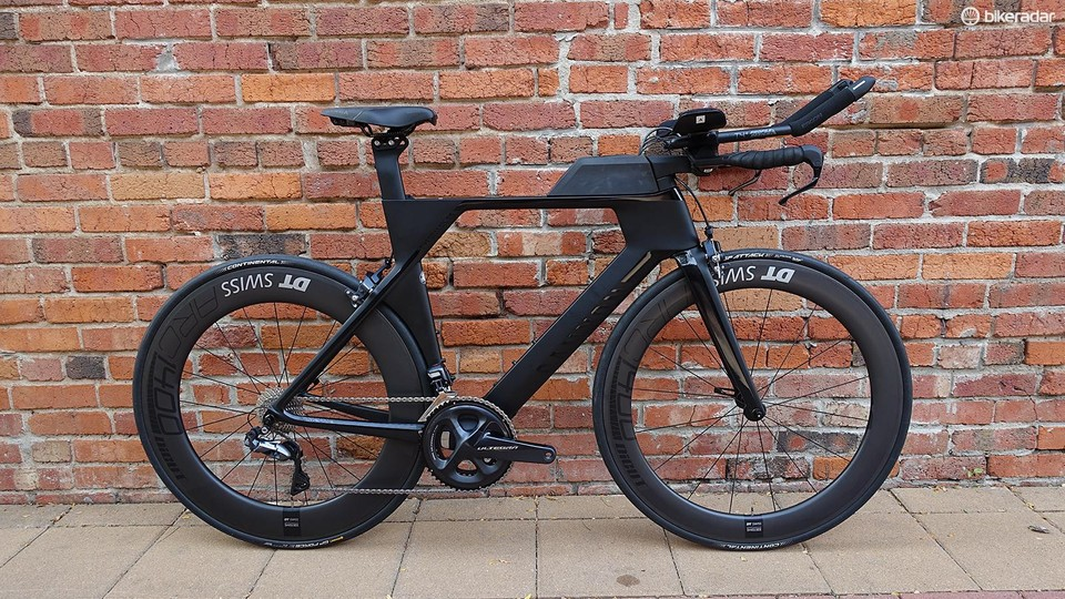 804aabf23b1 Canyon's Speedmax CF 8.0 Di2 strikes a good balance between performance and  price