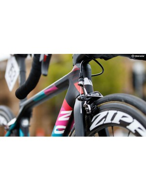 Cromwell's XXS sized Ultimate CF SLX features a tiny 94mm 'tall' head tube