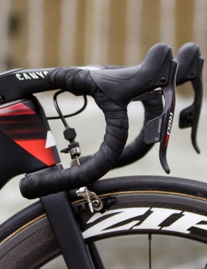 The lack of gear cables or wires makes it easy to spot SRAM's new wireless eTap groupset