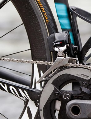 The SRAM eTap front derailleur is a little bulky, but impressive given it holds the same battery type as the rear derailleur