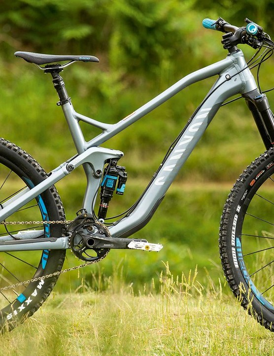 Canyon's Strive uses a clever system to adjust geometry on the fly