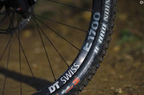The DT Swiss E1700 Spline wheels used here have a 30mm internal width which works well with the 2.4in Wide Trail Maxxis tyres