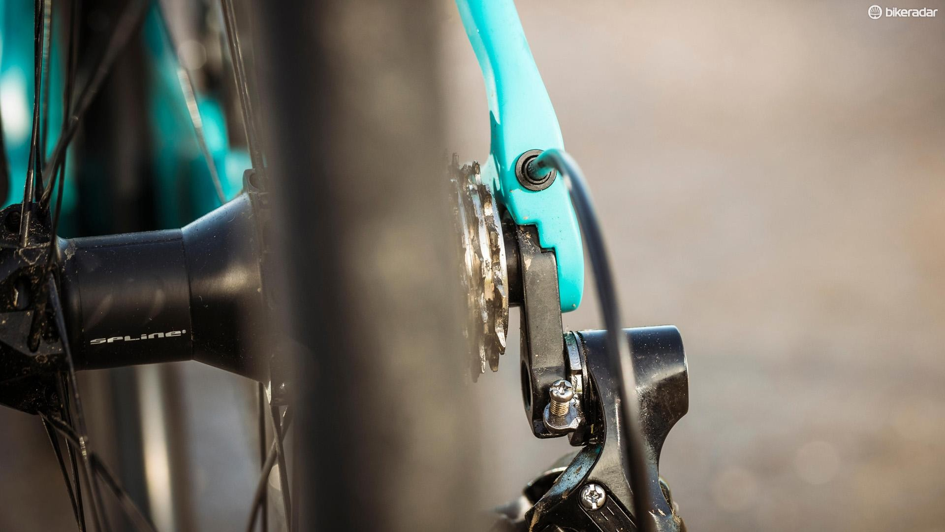 Internal cable routing keeps this bike looking sleek and speedy