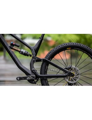 The new linkage is similar to that found on the Sender DH bike