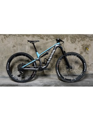 The Canyon Neuron CF is billed as a do-it-all trail bike