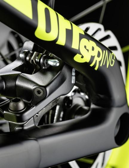 SRAM Level hydraulic disc brakes provide modular, confidence-inspiring braking