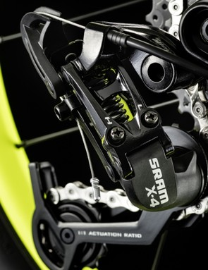 SRAM X4 gearing is included on the Offspring AL 20 and Grand Canyon AL 24