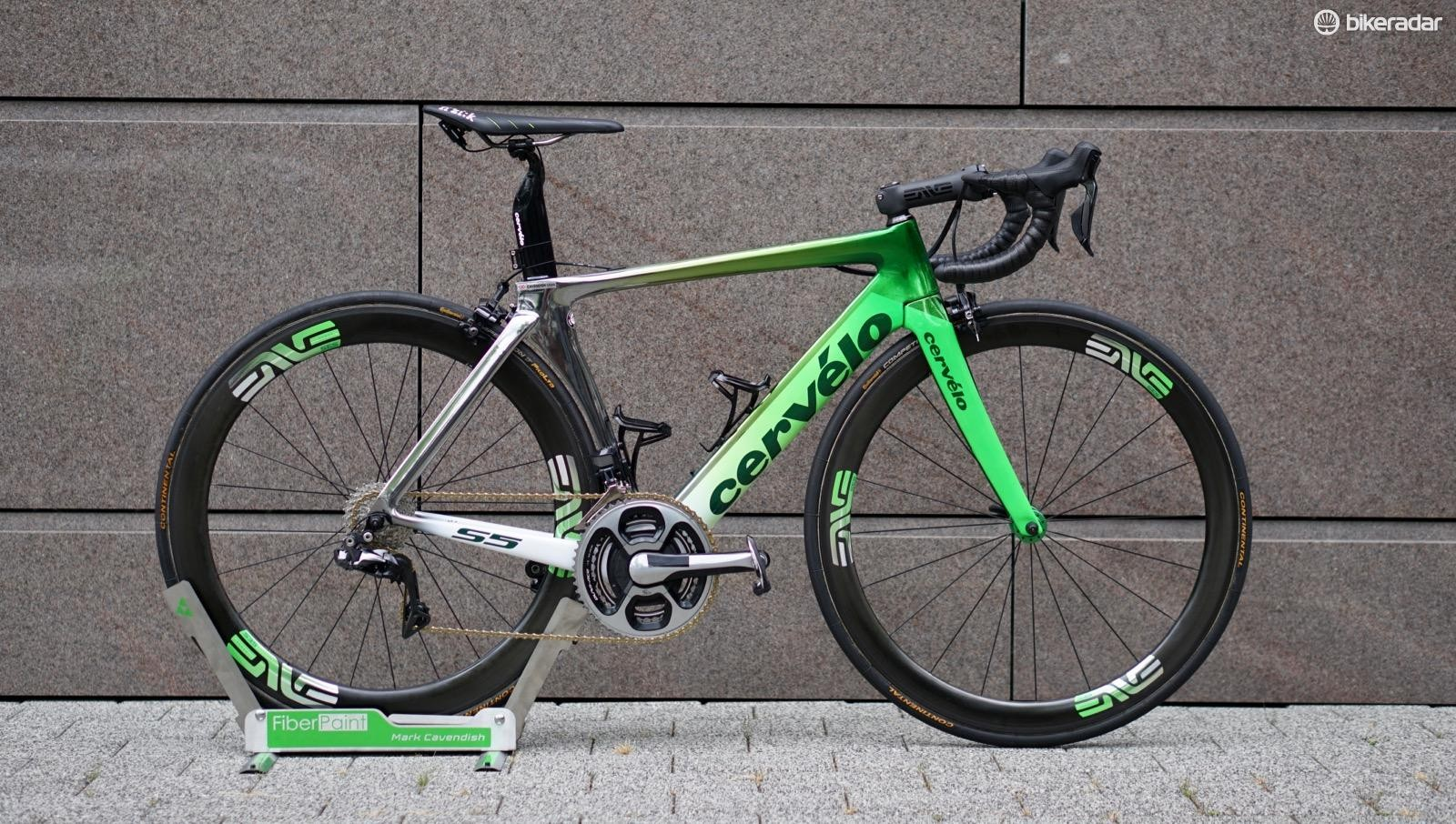 Mark Cavendish had a special paint job on his Cervélo S5 for the Tour de France
