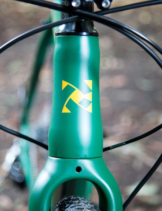 The tapered headtube adds to the stability of the front end