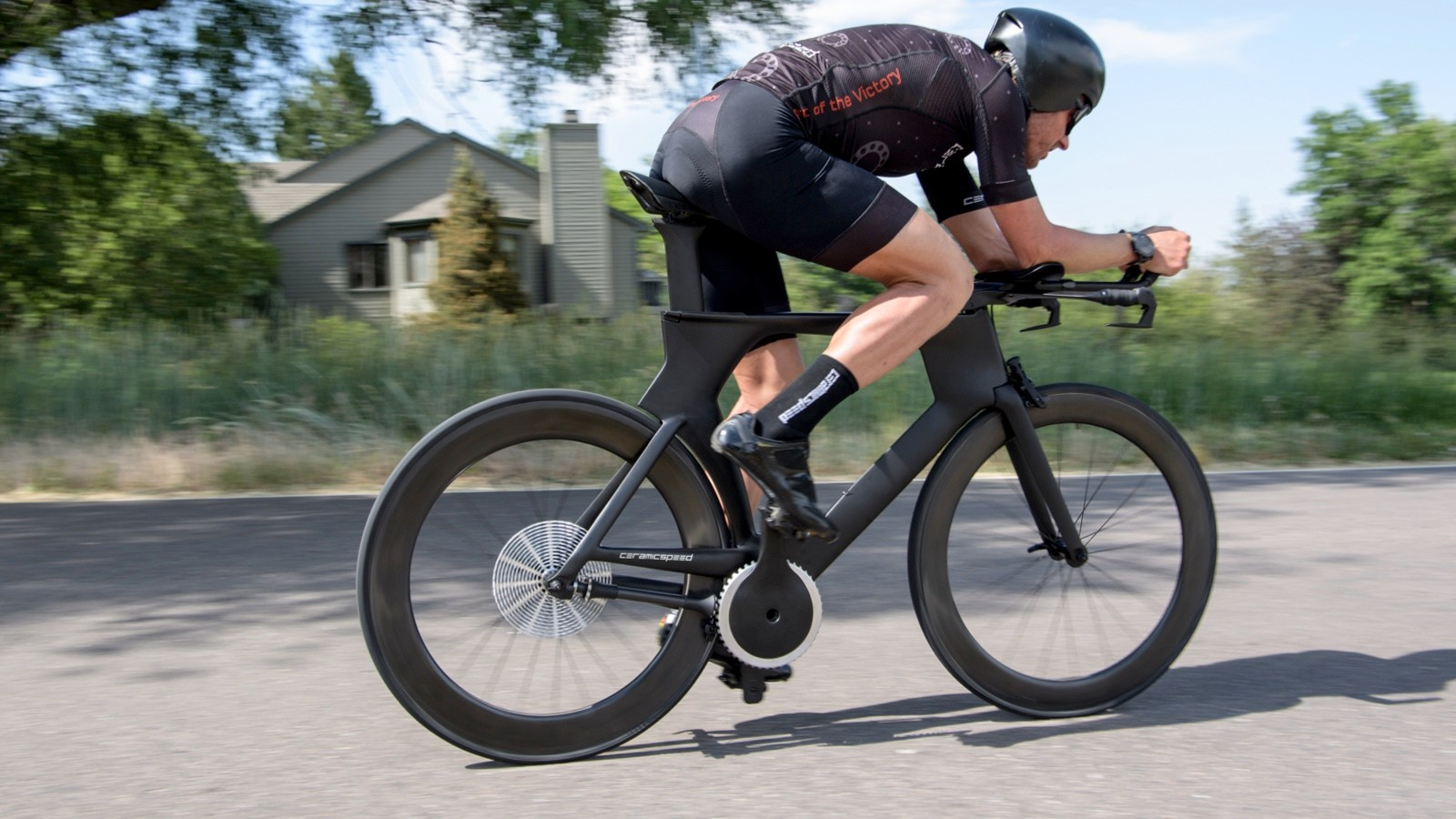 There is not yet a shifting system developed, but CeramicSpeed says an electronic motor inside the drive shaft could execute the shifts