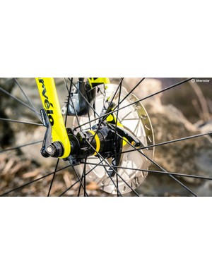 The latest Ultegra stoppers have plenty of feel and are impressively quiet