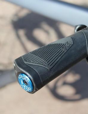 PRO ergonomic grips