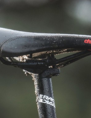 There are no fixtures or ports for a dropper but Charge's classic Spoon saddle and the skinny 27.2mm rigid post are natural comfort boosters