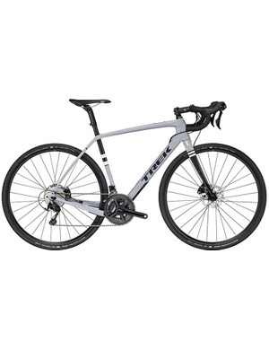 The Checkpoint SL 5 comes with tubeless ready Schwalbe G-Ones and a full carbon fork
