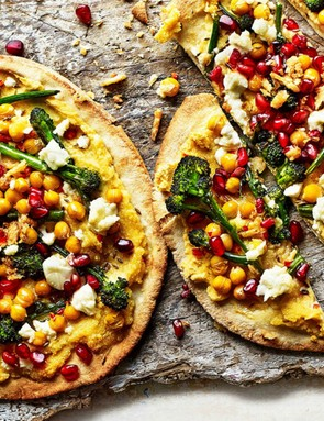 Who needs pizza! This chickpea and broccoli flatbread makes a great alternative