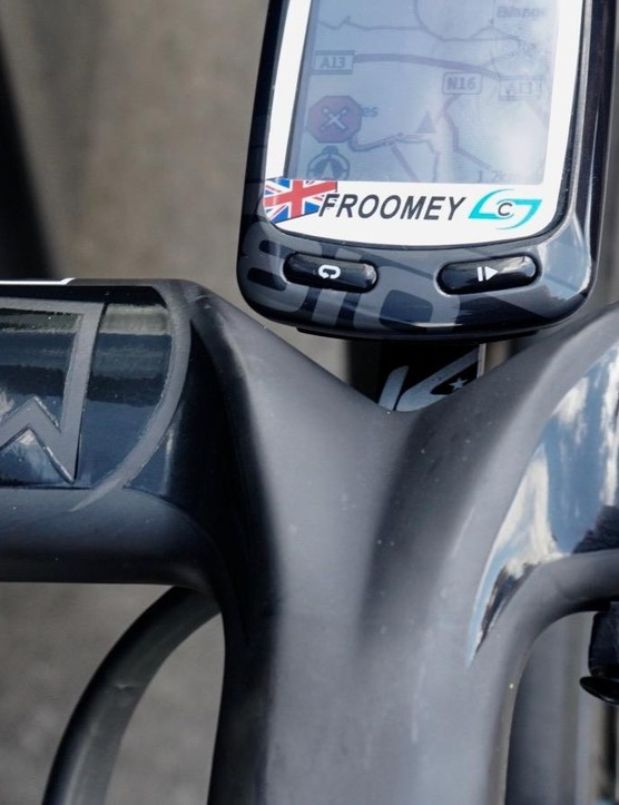 Chris Froome has a distinct cockpit, with a deconstructed Shimano Di2 climber switch glued onto his PRO Stealth Evo bars, and an old Garmin Edge 810