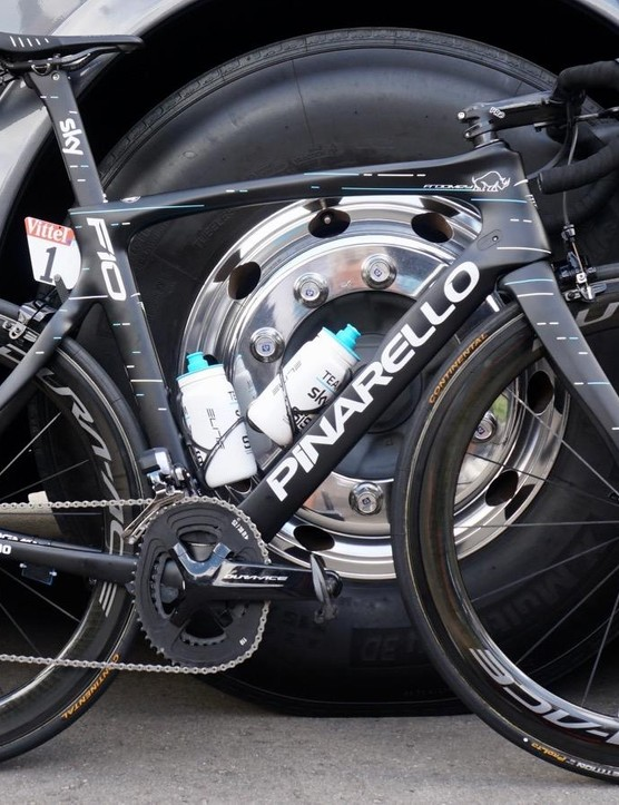The defending Tour champ has two versions of the Pinarello Dogma F10 at his disposal: this original F10 and the new F10 X-Light