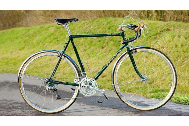 classic_touring_bike-1462899249635-ds181033h2kx-1000-90-755cc28