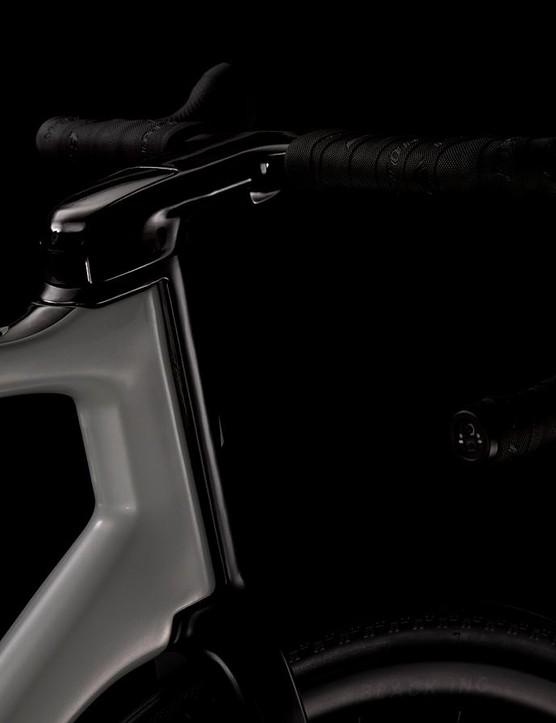 The Factor Vista features an external steerer that's also seen on the brand's aero models