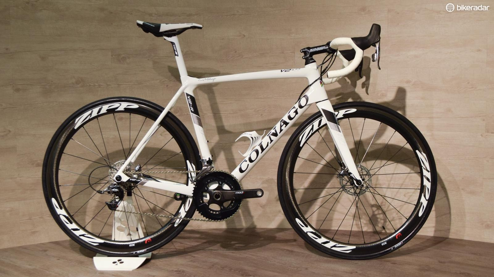 Yes, there's also a disc version of the Colnago V2-R