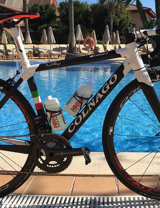 Rochelle Gilmore's Colnago C60 features a 45cm frame with the company's sloping geometry