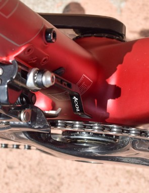 That's not just any chain catcher, it's a Colnago chain catcher