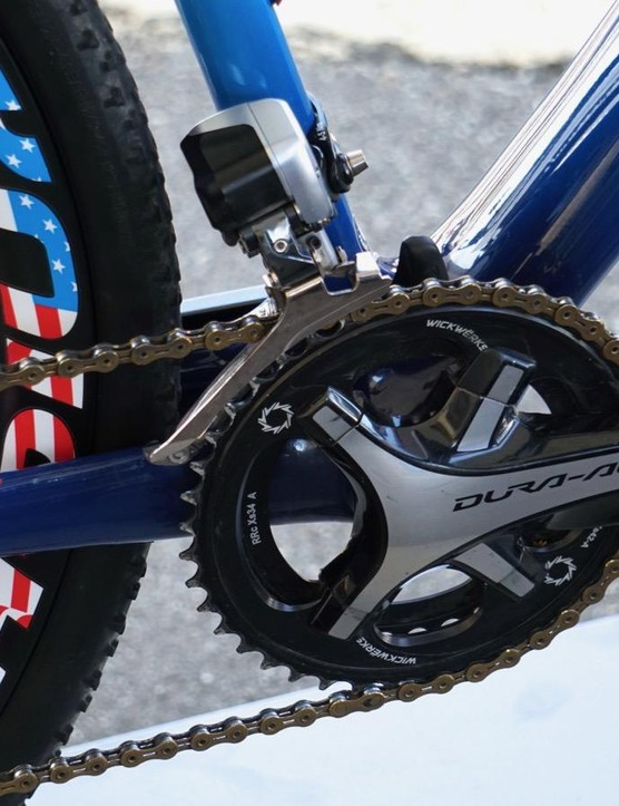 Compton uses a Shimano 9070 front derailleur (at least on this bike) and Wickwerks chainrings (42/34)