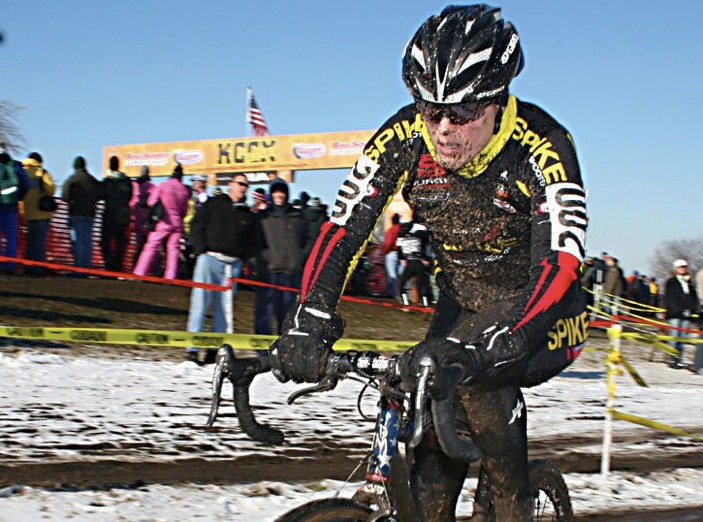 Katie Compton racing at the US nationals in December 2007.