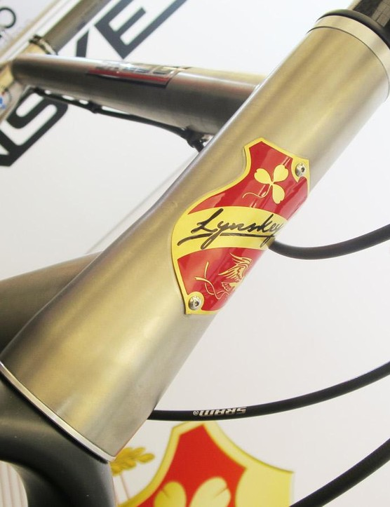 The GR250's head tube is reinforced top and bottom and bears a rather special enamelled head badge too