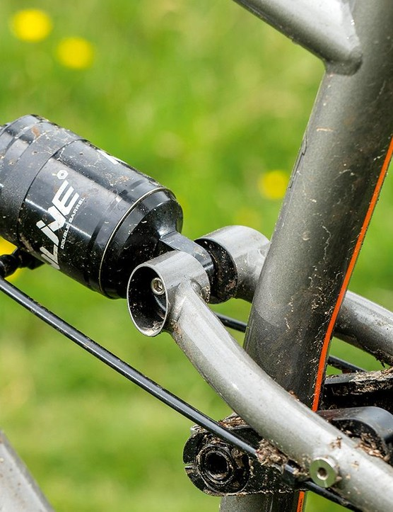 The Droplink suspension has sturdy, almost industrial looking linkages and pivots