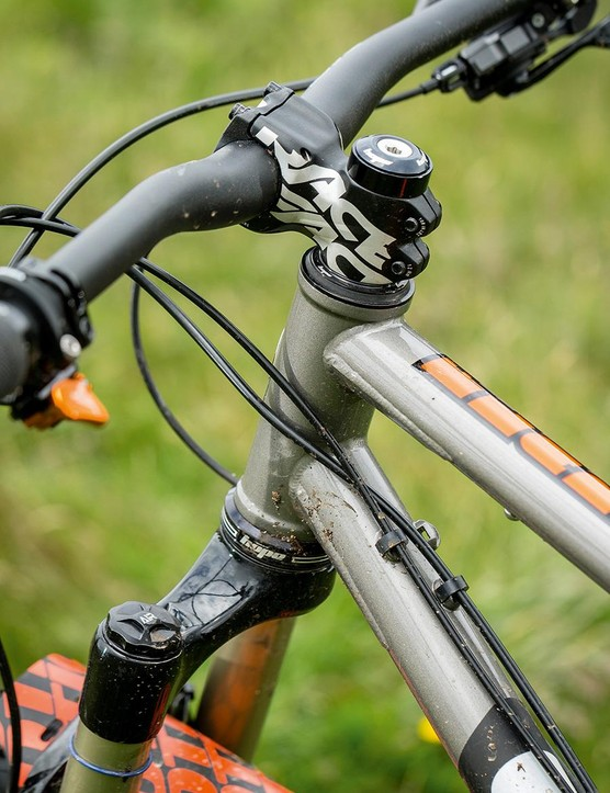 Choose from Race Face or Joystick stem options