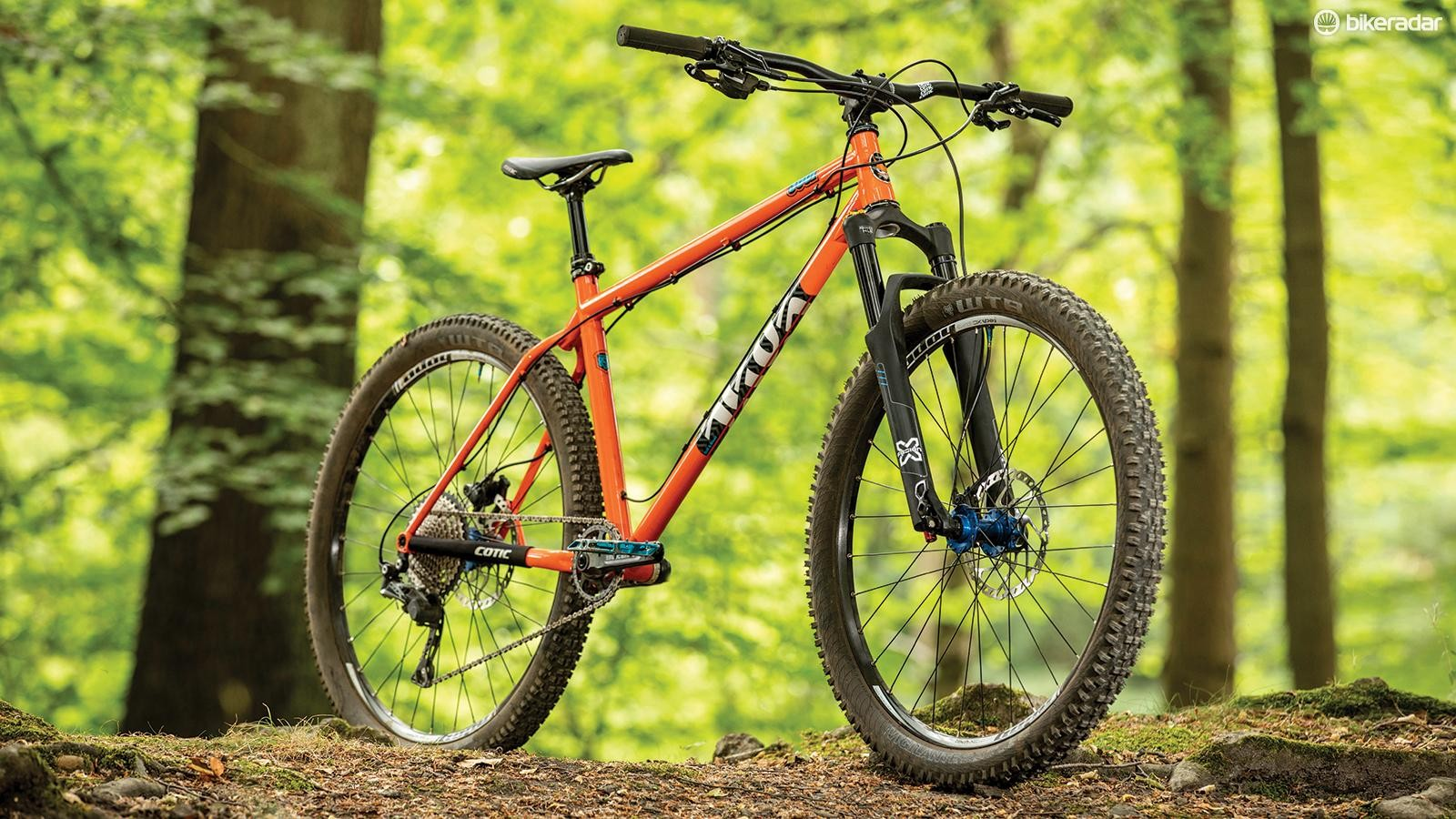 Skinny rims, a soft wheel-build and wooden-feeling tyres choked the sample, so give the frame fatter wheels and quality rubber to let it breathe