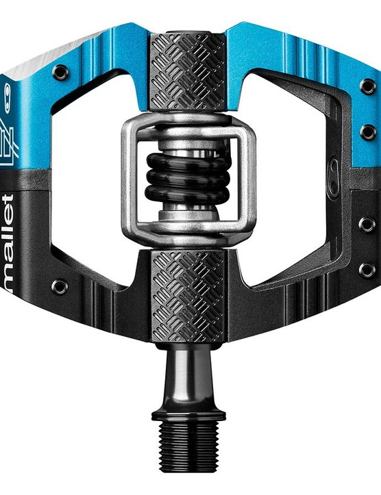 The new Crankbrothers Mallet E LS has a longer spindle than the standard version