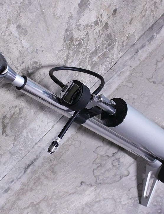Once full, a flip of the tank's lever will seat most tyre and rim combos easily