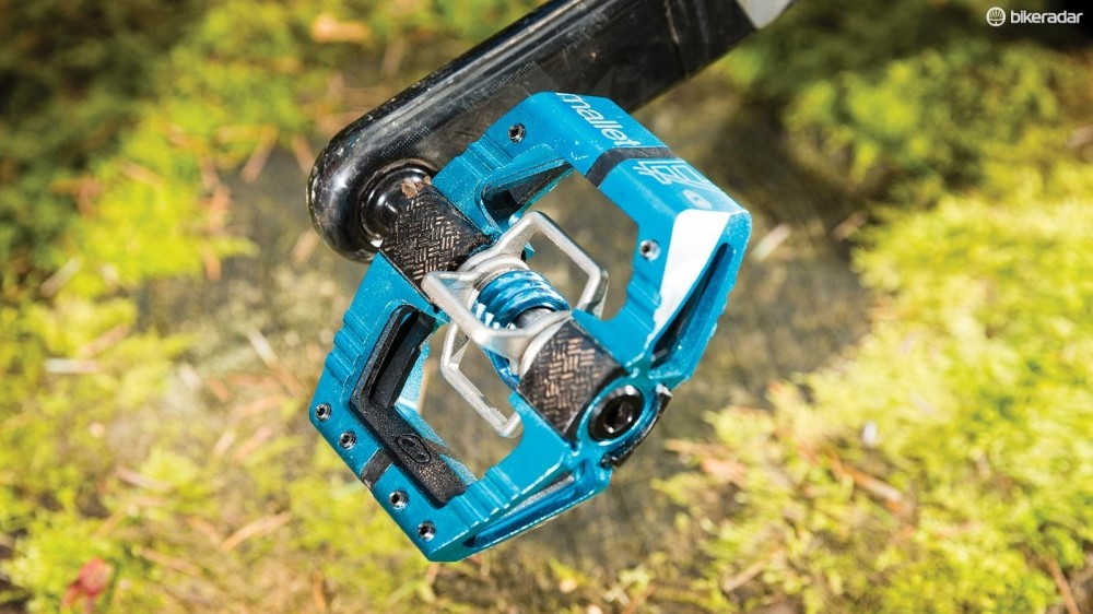 CrankBrothers Mallet E pedals incorporate 'Traction Pad' inserts that help you tailor fit and feel