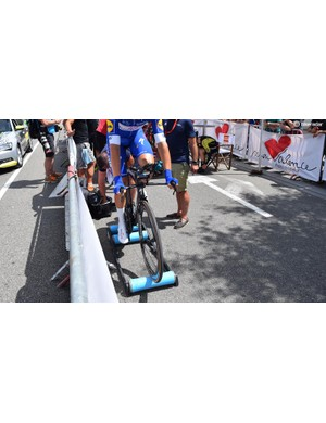 While several teams used turbo trainers to warm up, Quick-Step Floors opted for rollers