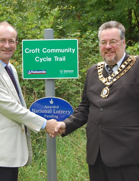Swindon Mayor Cllr Steve Wakefield with Councillor Brian Mattock, Cabinet Member for Local Environment and Sustainability