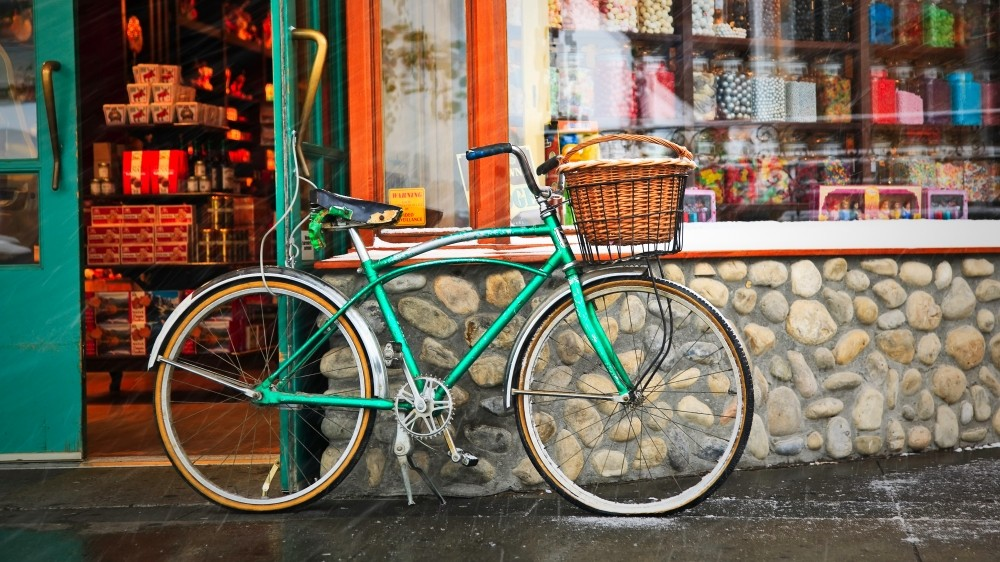 In Silly Commuting Racing dropping shopping bikes with baskets won't earn you any points