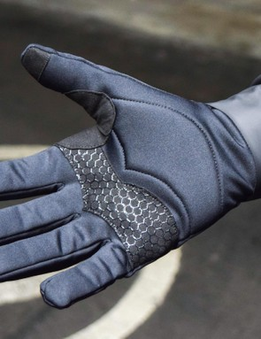 The gloves look winter-ready