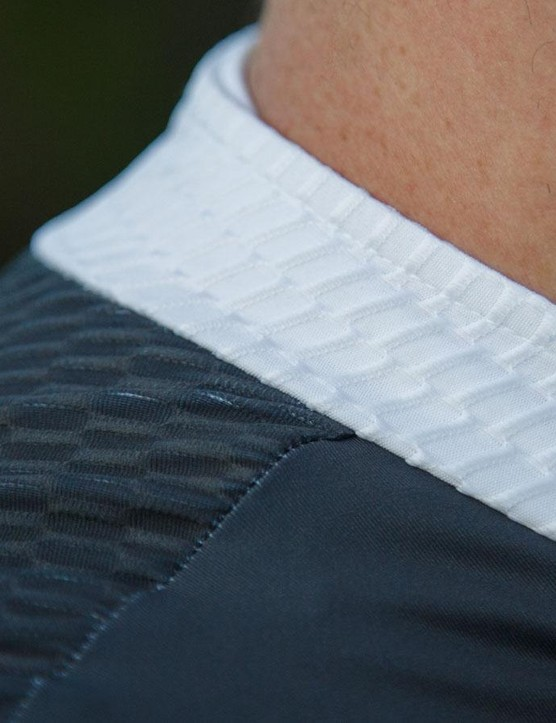 The mesh-like collar is comfortable against the skin