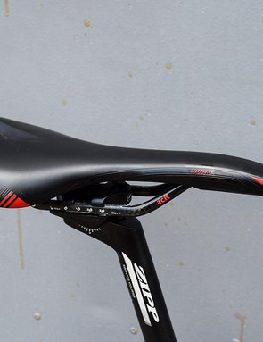 A Prologo Nago Evo Nack saddle I had in my shed is a little tired but perfectly matches the subtle aesthetic of the bike and red accents from the Campagnolo components