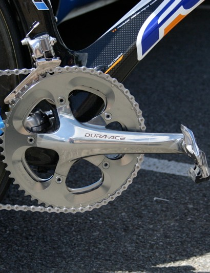 Vande Velde's Dura-Ace chainset is fitted with 55 and 44-tooth chainrings.