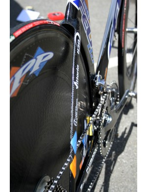 The DA's 10mm-wide seat stays are as narrow as the UCI allows to present as small a frontal area as possible (and also provide a modicum of comfort).