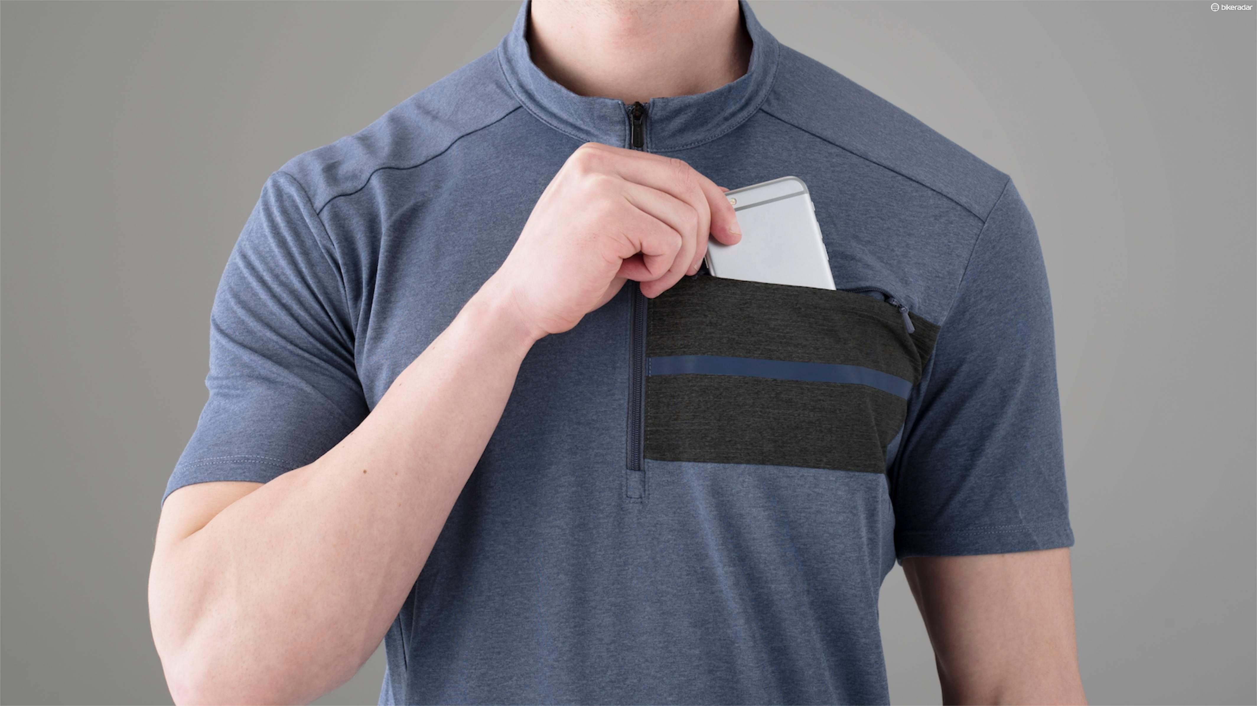There are some nice details on the Transit casual bike jerseys, like a phone pocket on the chest