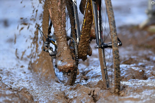 When cyclocross racing turns muddy, having a pit crew can make the difference between finishing and failure