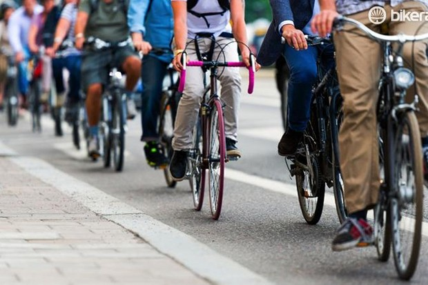 Cycle paths – a cost-effective way to reduce emissions