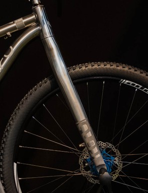The profile is similar to carbon offerings from Niner