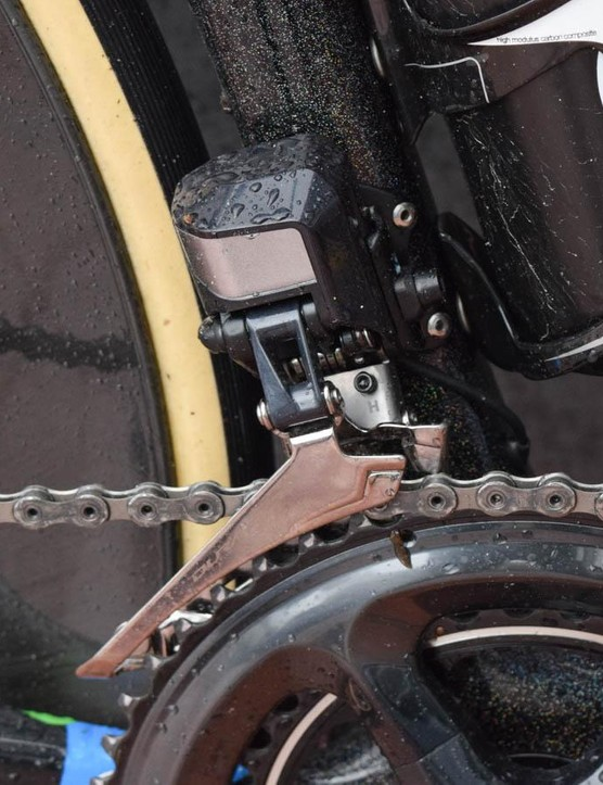 The front derailleur isn't quite as eye-catching, but it gets the job done